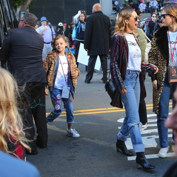 Nicole Richie brings her daughter Harlow Madden to the 2018 Los Angeles Women's March