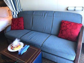 Disney Dream Deluxe Oceanview with Verandah - convertible couch