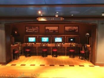 Disney Dream Oceaneer Club - explorers room steer the ship
