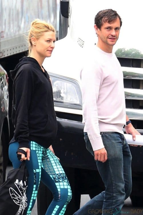 Pregnant Claire Danes and Hugh Dancy out in NYC