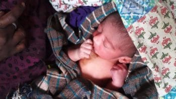 Police Officer Breast Feeds Abandoned Baby