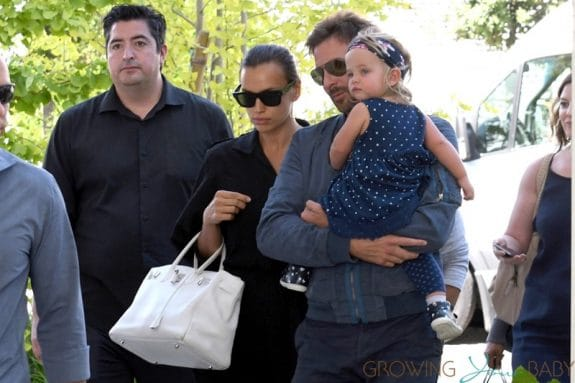 Bradley Cooper and Irina Shayk arrive with their daughter Lea in Venice Italy