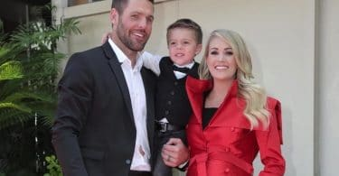 Carrie Underwood, Mike Fisher, Isaiah Fisher at Hollywood walk of fame F