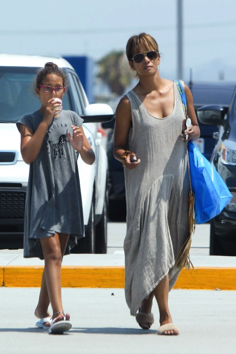 Halle Berry Has An Ikea Shopping Date With Daughter Nahla Growing