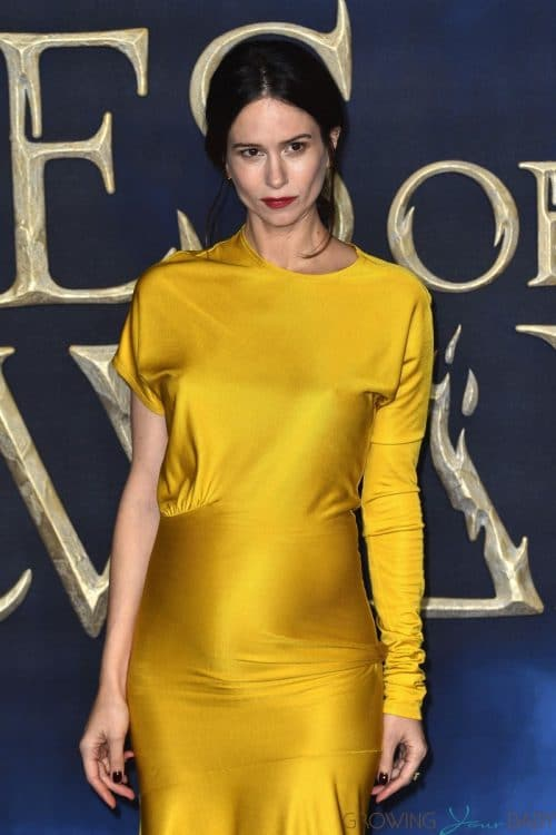 Pregnant Katherine Waterston At Fantastic Beasts The Crimes of Grindelwald UK Premiere