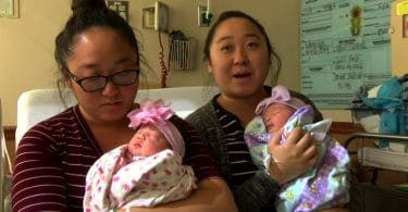 Twin Sisters Give Birth A Hour Apart