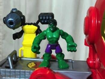 REVIEW - Marvel Superheroes Ironman Headquarters - hulk
