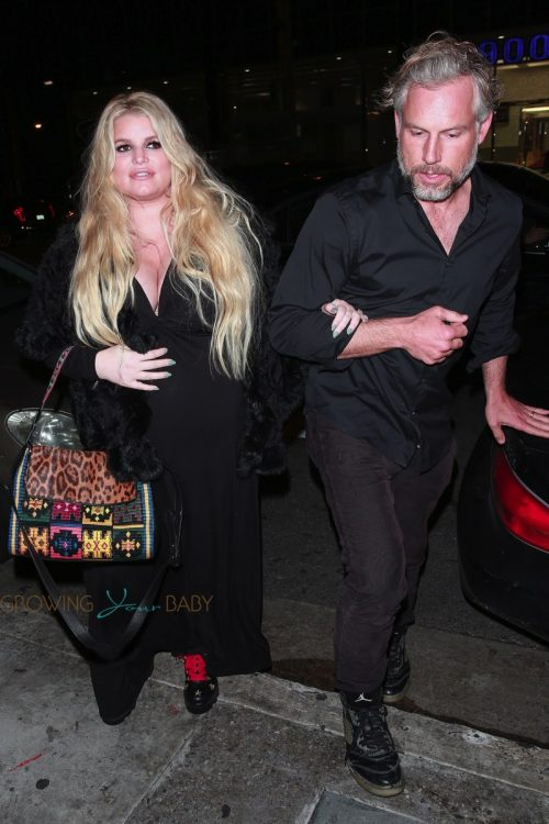A very pregnant Jessica Simpson and Eric Johnson exit The Roxy after Ashlee Simpson performance