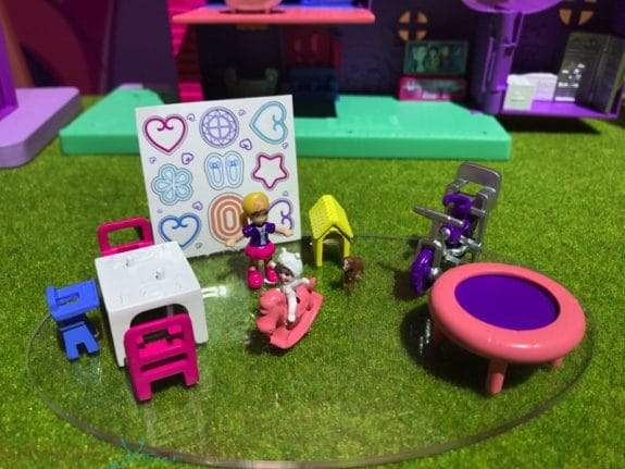 2019 Polly Pocket Pollyville accessory pack