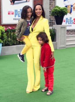 Dania Ramirez with twins Gaia and John at Secret life of pets 2 premiere
