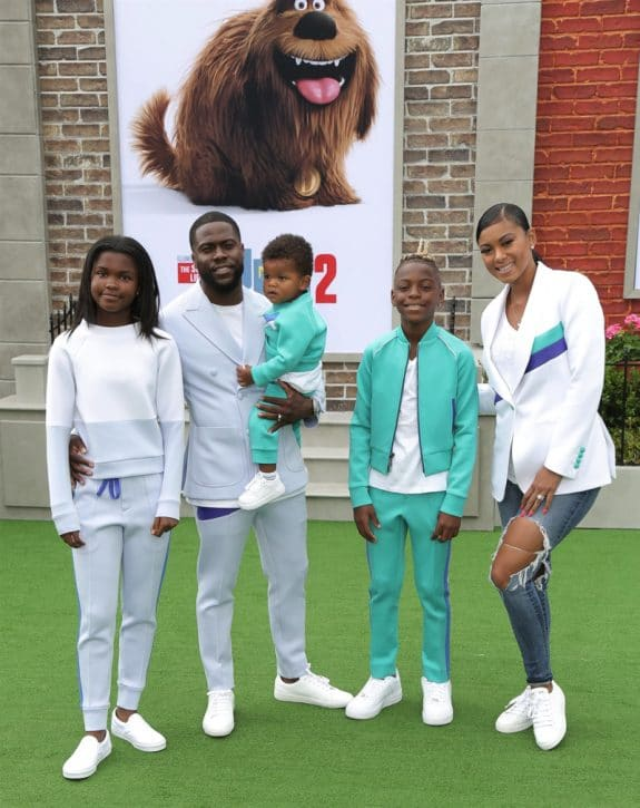 Kevin Hart, Eniko Parrish, Hendrix Hart, Heaven Hart, Kenzo Kash at Secret life of Pets 2