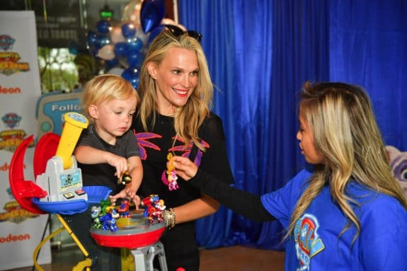 Molly sims at paw patrol event