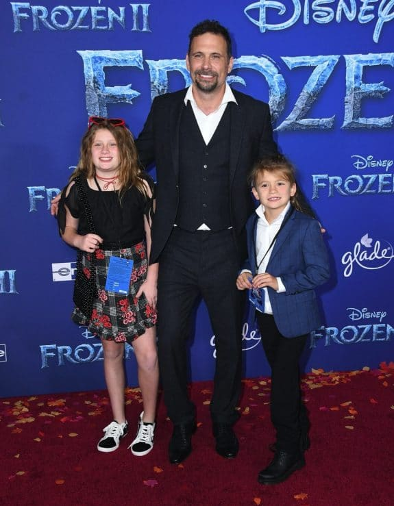 Jeremy Sisto with kids Charlie and Bastian at Frozen 2 premiere in LA
