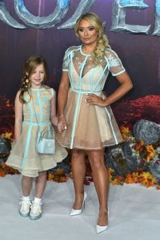 Saffron Barker with cousin Ivy at Frozen 2 premiere