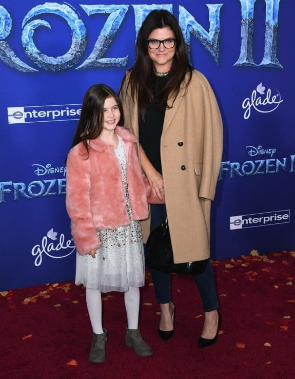 Tiffani Thiessen with daughter Harper at Frozen 2 premiere