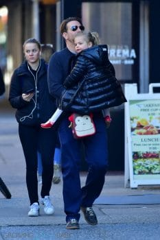 Dad Bradley Cooper Smooches his daughter Daughter Lea