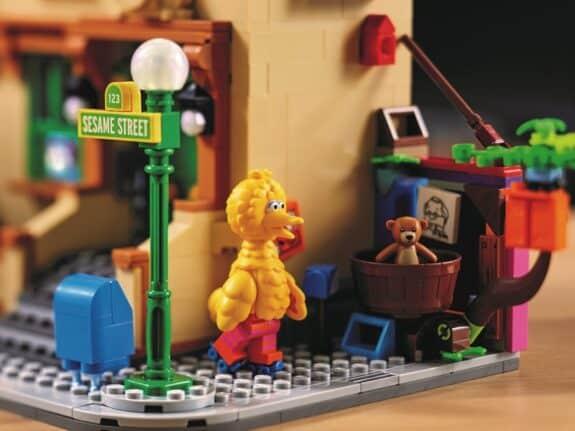 123 Sesame Street LEGO Set - big bird