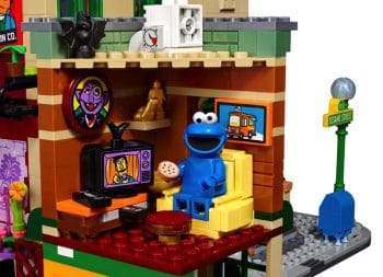 123 Sesame Street LEGO Set - cookie monster