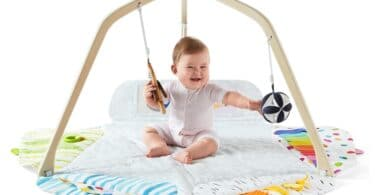 Lovevry Wooden Play Gym - baby sitting