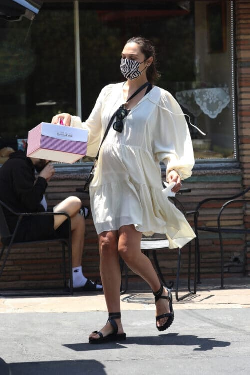 Pregnant Gal Gadot picks up sweets on Memorial day weekend in LA