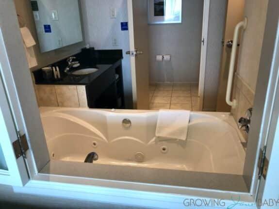Family Travel Review - Embassy Suites Falls View Niagara Falls Canada jacuzzi