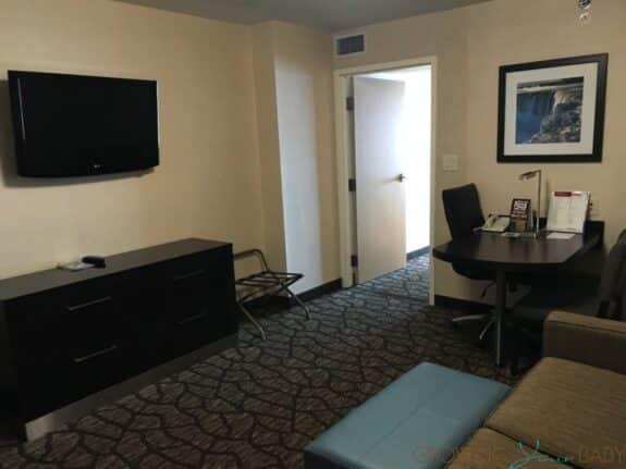 Family Travel Review - Embassy Suites Falls View Niagara Falls Canada suite