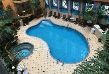 hotel royal palace quebec city pool