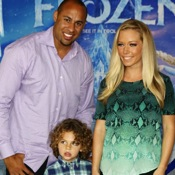Celebrity Families Walk The White Carpet At Disney's Frozen Premiere!