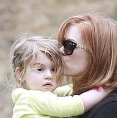Isla Fisher & Her Girls Party in the Park