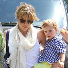 Selma Blair Shops The Market With Her Little Man!