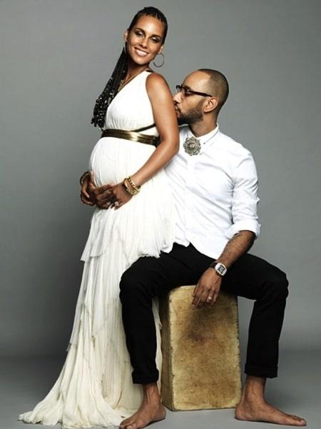 A pregnant Alicia Keys with husband Kasseem Dean(Swizz Beatz)