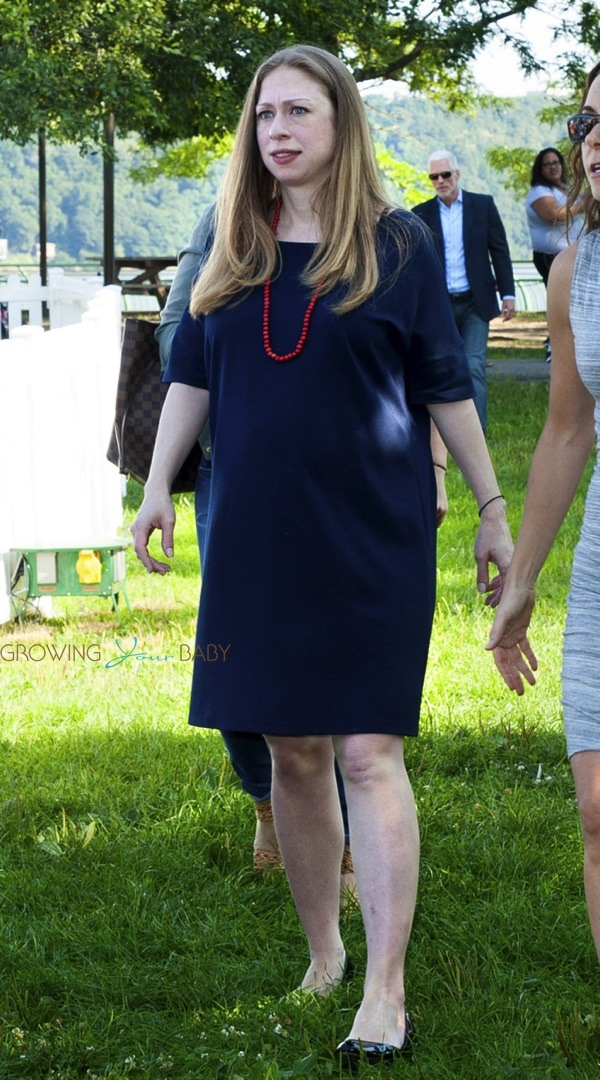 A very pregnant Chelsea Clinton speaks at Disney Junior ... Chelsea Clinton Pregnant