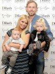 Ace Johnson, Jessica Simpson, Eric Johnson and Maxwell Johnson at Dillards in Texas
