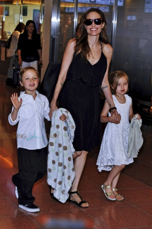 Angelina Jolie with Shiloh and Vivienne in Tokyo