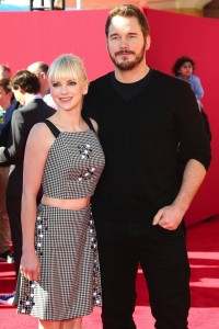 Anna Faris and Chris Pratt at the premiere of the LEGO Movie