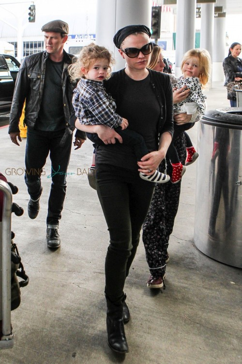 Anna Paquin and Stephen Moyer at the airport with their twins Poppy & Charlie