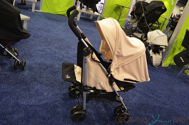 Baby Jogger 2014 Vue Stroller - seat reversed in white