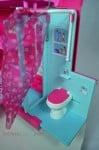 Barbie Sisters Glam Camper 2014 - bathroom