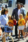 Ben Affleck and Jennifer Garner at 4th of July parade with their kids Sera and Violet