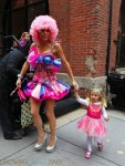 Bethenny Frankel And Her Daughter Bryn Hoppy Celebrate Halloween
