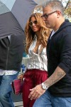 Beyonce lunches with her family in Paris