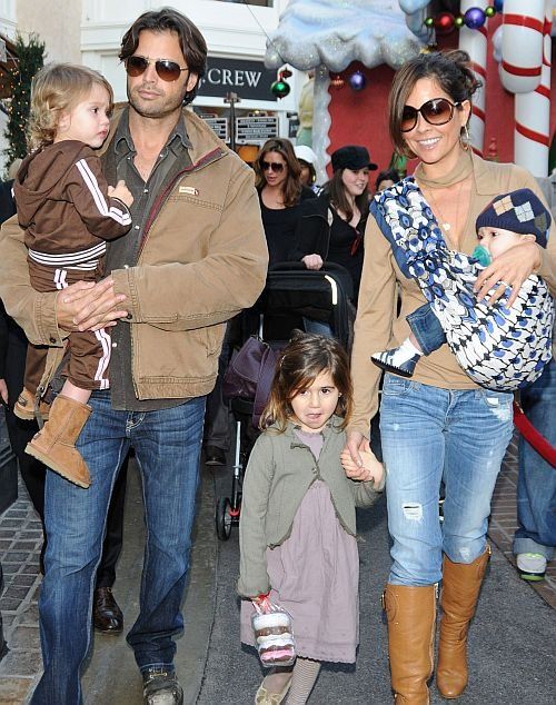 Brooke Burke and David Charvet do some last minute shopping with their kids Heaven and Shaya