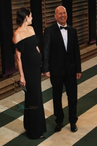 Bruce Willis with pregnant wife Emma Heming at Vanity Fair party
