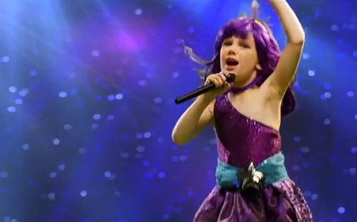 Cancer Survivor Addy sings Roar in her music video