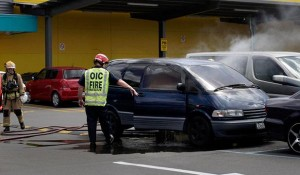 Children saved from Fiery Toyota Previa