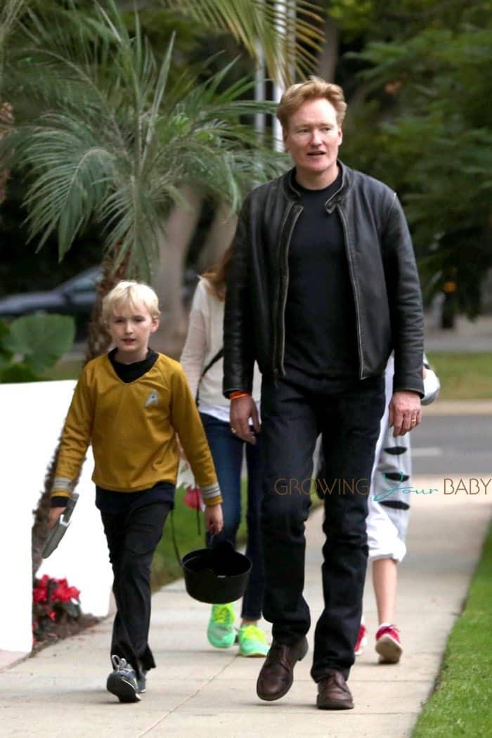 O Brien Auto Park >> Conan O'Brien takes son Beckett Trick-Or-Treating ...