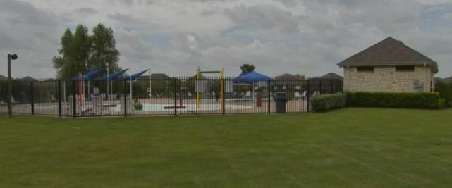 Creekside Community Pool