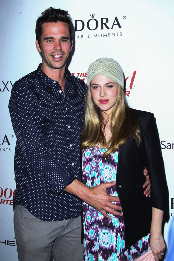 David Walton and Wife Majandra Delfino