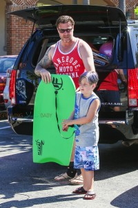 Dean McDermott with son Liam at the beach in Malibu