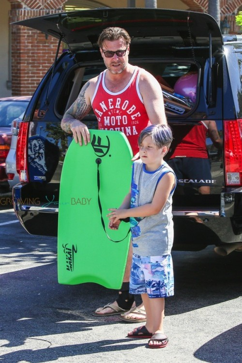 Dean McDermott with son Liam at the beach in Malibu